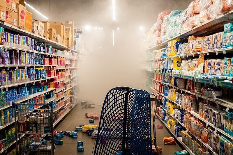 Unidade do Carrefour em SP destruída após protesto contra o racismo, em novembro de 2020