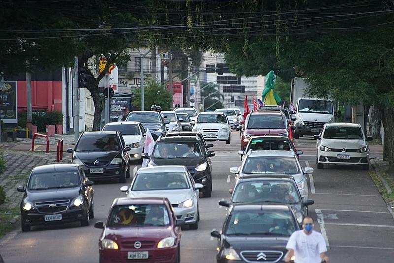 Carreata pelo impeachment de Bolsonaro em Curitiba (PR)