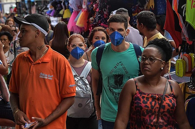 Doria inicia reabertura em SP no pico da pandemia; Covas | Geral