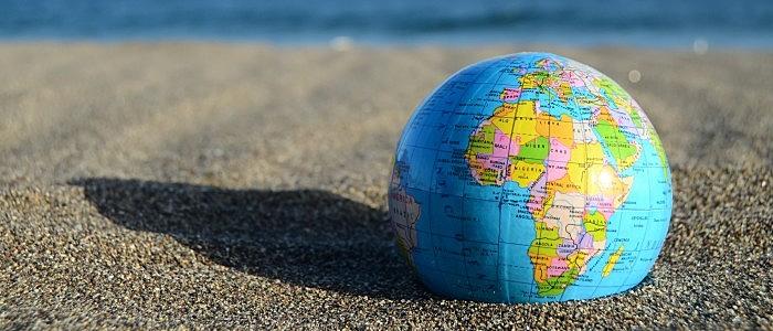globo terrestre, areia