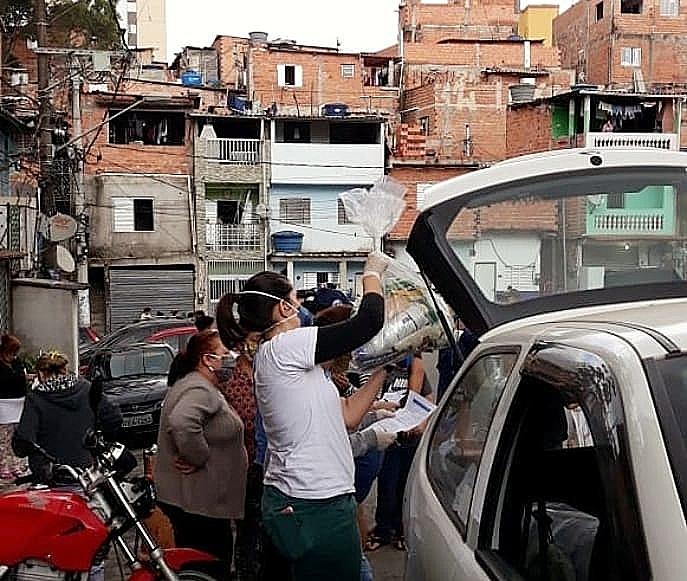 """""""Nossa intenção é promover uma solidariedade de classe"""", afirma Emille Sampaio"""