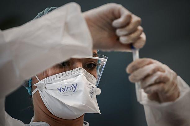 RS se aproxima de 240 mil infectados