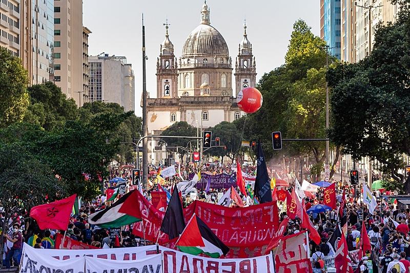 Entre os organizadores estão as frentes Brasil Popular e Povo sem Medo, que, juntas, agregam mais de um centena de organizações sociais